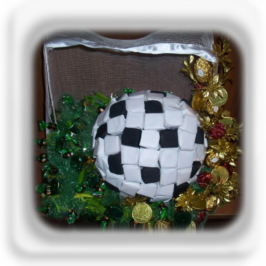 Футбольный мяч из конфет своими руками пошаговое фото для начинающих 30